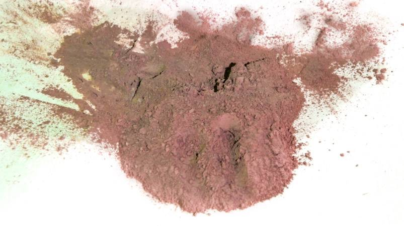 grinding of paint pigments